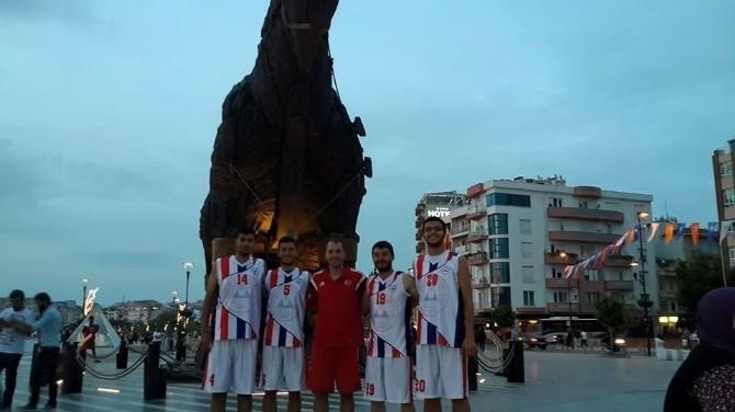 Erciyes Üniversitesi Basketbol'da Türkiye 3.sü