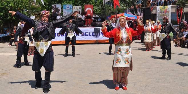 Türkmen Şenliği'nde renkli görüntüler