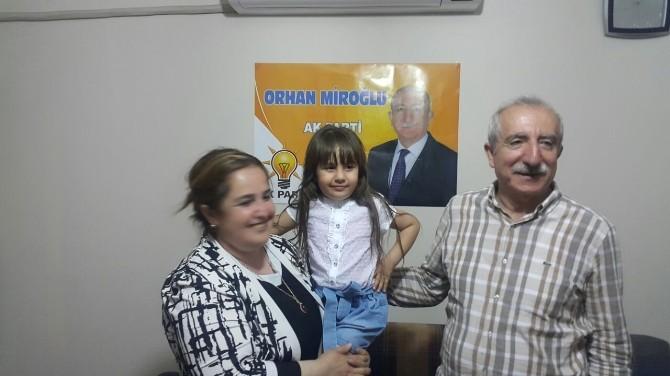 Miroğlu'nun Minik Hayranı Görenleri Şaşırttı