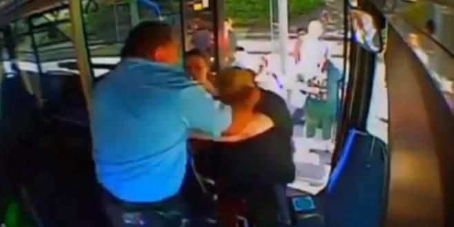 Anne-kız otobüs şoförüne saldırdı
