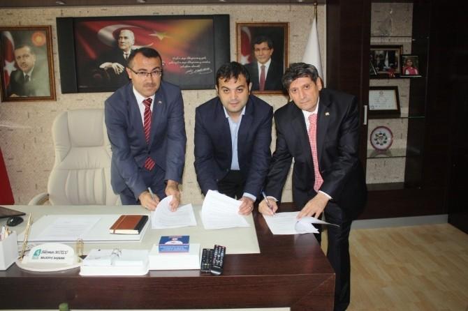 Bucak Belediyesi, Sosyal Denge Tazminatı Sözleşmesi İmzaladı