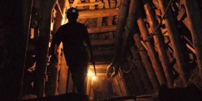 Yüzlerce madenci yer altında mahsur