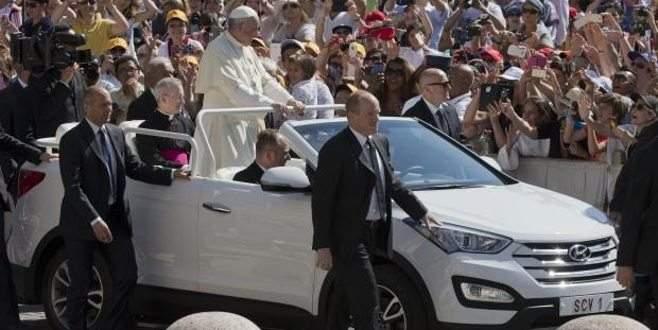 İşte Papa'nın yeni otomobili