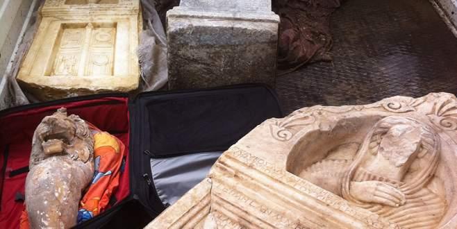 Tarihi eser satmaya çalışırken Bursa'da yakalandı