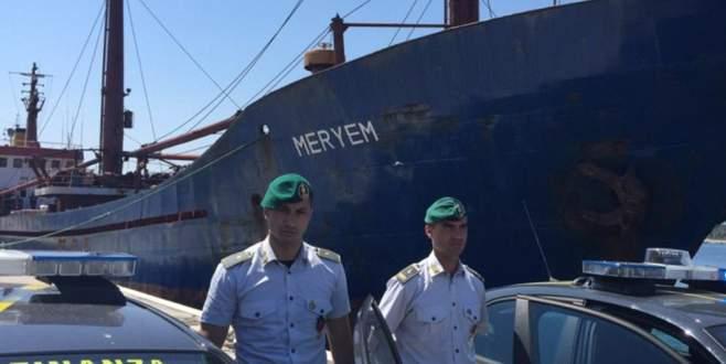 Türk gemisinde 12 ton esrar