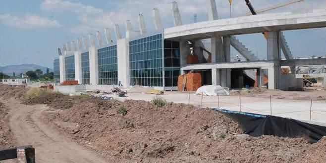 Akhisar Arena ikinci yarıya yetiştirilecek