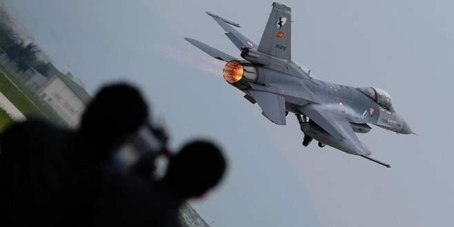 Türkiye ilk kez yurt dışında askeri üs kuracak