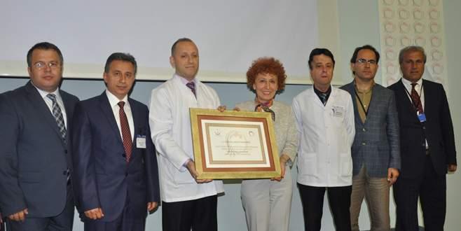 Devlet Hastanesi'ne 'Anne Dostu' unvanı