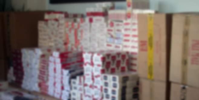 Üç operasyonda binlerce paket kaçak sigara