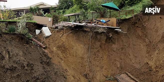 Nepal'de toprak kayması: 15 ölü