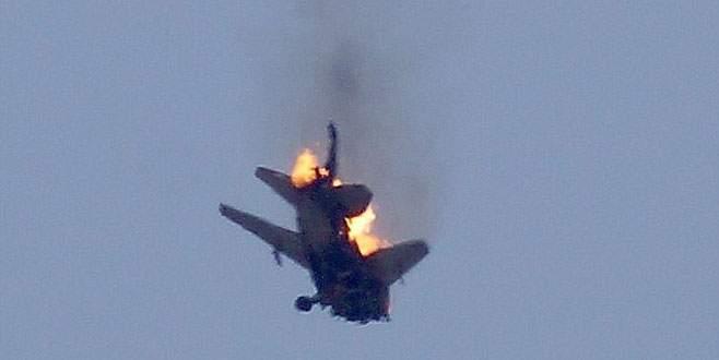 Suriye'ye ait savaş uçağı düştü