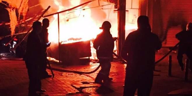 Tarihi çarşıdaki yangın, güvenliği gündeme getirdi