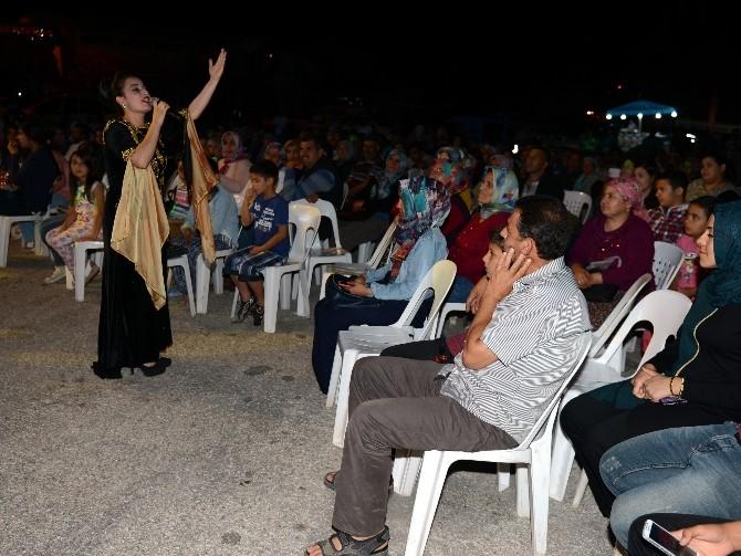 Grup Gece Yolcuları, Kumluca'da Hayranları İle Buluştu