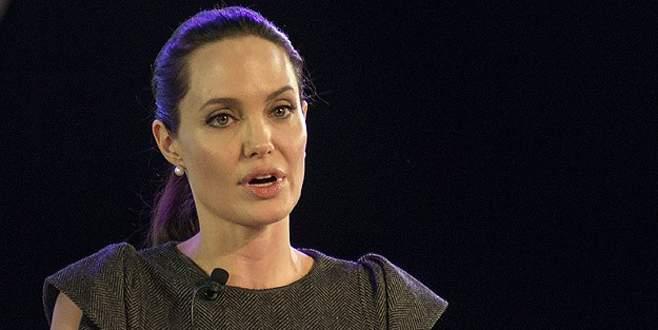 Jolie kadınlara sahip çıktı