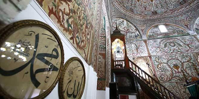 Cezayir'de camilere hoparlör yasağı