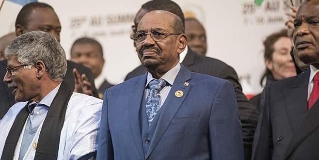 Sudan Devlet Başkanı Beşir Hartum'a dönüyor