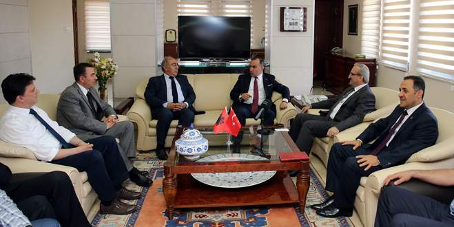 Arnavutluk Büyükelçisi'nden Bursa Valiliği'ne ziyaret