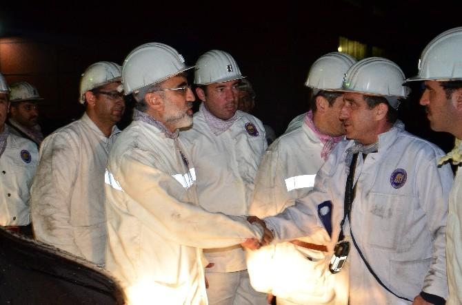 Enerji Bakanı, İlk İftarını Maden Ocağında Yaptı