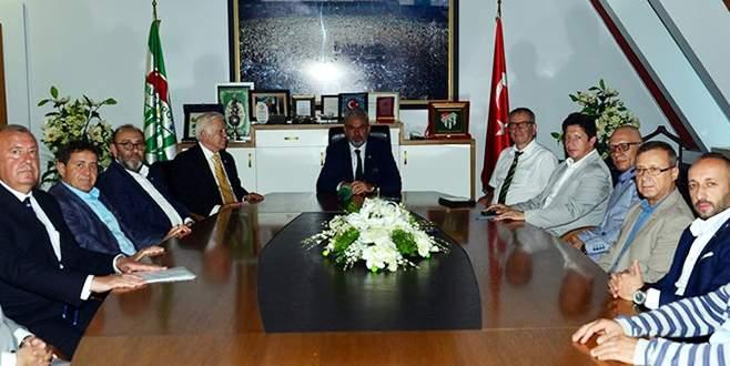 Bursaspor Divan Başkanlık Kurulu'ndan Bölükbaşı'na ziyaret