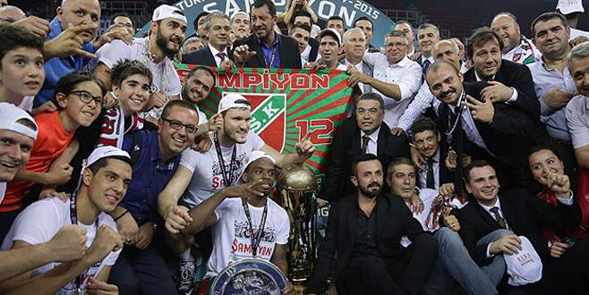 Pınar Karşıyaka şampiyon oldu