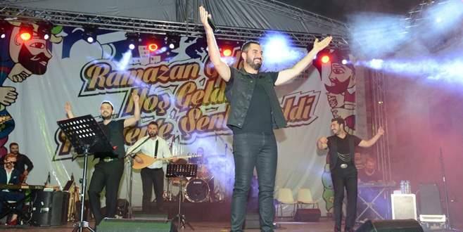 Nilüfer'de ramazan şenliği Turgay Başyayla ile başladı