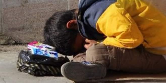 Bursa'da mendil satan çocuklara para vermeyin!