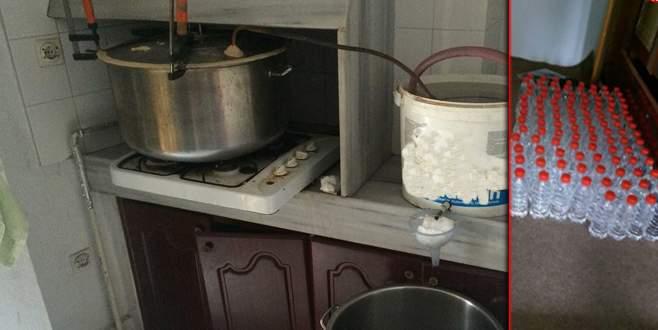 Bursa'da 80 litre kaçak rakı ele geçirildi