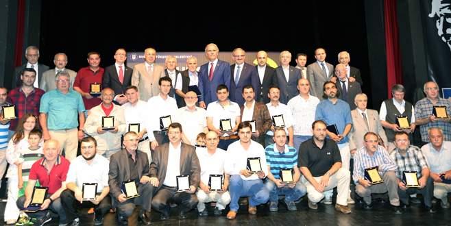 Bursa'da bıçağın sanatkarları ödüllerine kavuştu