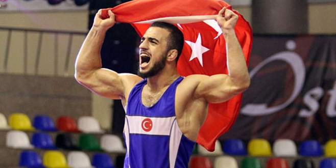 Milli güreşçi Enes Uslu, Avrupa Şampiyonu oldu