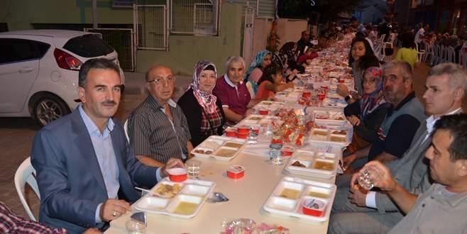 Gemlik Belediyesi'nin ilk iftarı Osmaniye'de