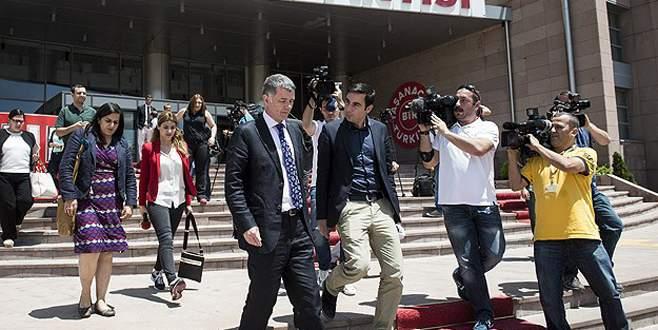 Kılıçdaroğlu İngiltere Büyükelçisi ile görüştü