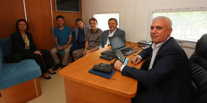 CHP'li vekillerden ilk ziyaret Başkan Bozbey'e