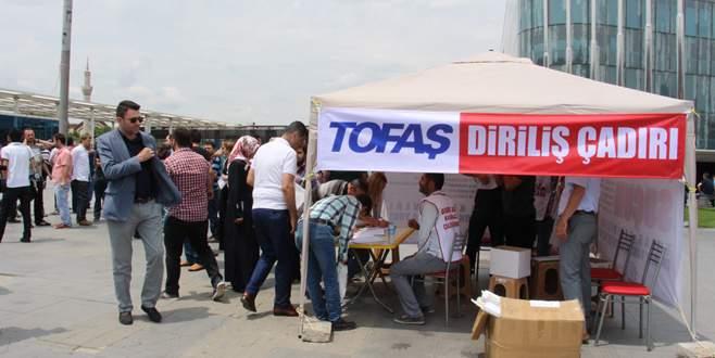 İşten çıkartılan 82 TOFAŞ işçisi için direniş çadırı kuruldu