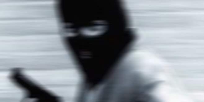 Maskeli gaspçılar kıskıvrak yakalandı