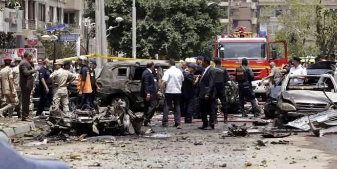 Mısır başsavcısının konvoyuna bombalı saldırı