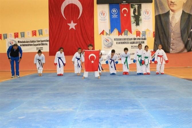 Karaman'da Yaz Okulları Düzenlenen Törenle Açıldı