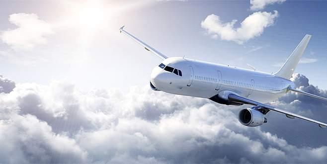 Uçakta kalp krizi geçiren yolcu yaşamını yitirdi