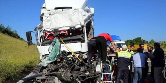 TEM'de feci kaza: 1ölü