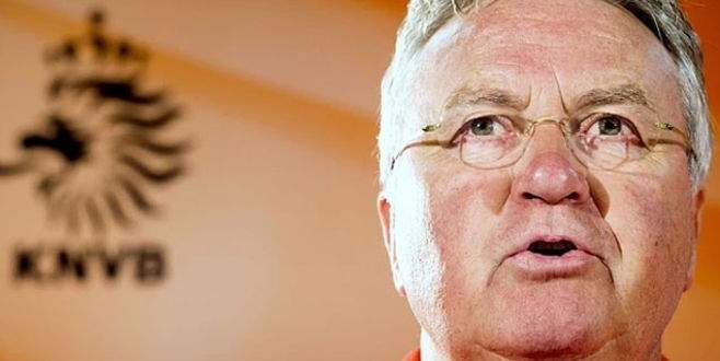 Hollanda'da Hiddink depremi!