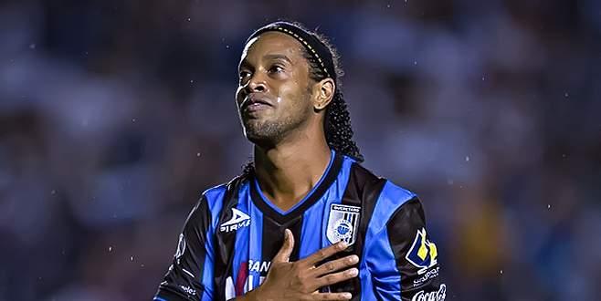 Antalyaspor Ronaldinho ile anlaştı