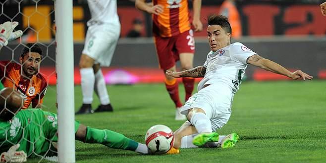 Bursaspor Josue için Portekiz'de