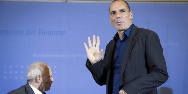 Varufakis: 'Evet' çıkarsa pazartesi istifa ederim