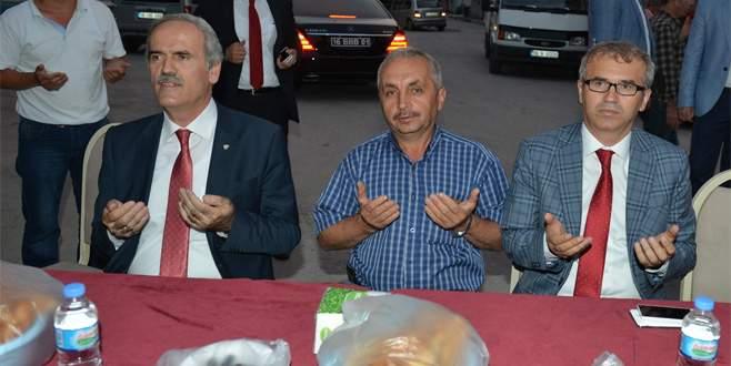 Altepe, vatandaşla iftar açtı