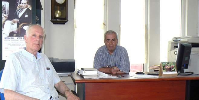 Türk dostu arkeolog kazı ekibini unutmadı