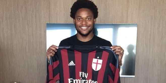 Luiz Adriano, Milan'da