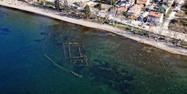 İznik Gölü'ndeki bazilikada sualtı araştırmasına başlandı