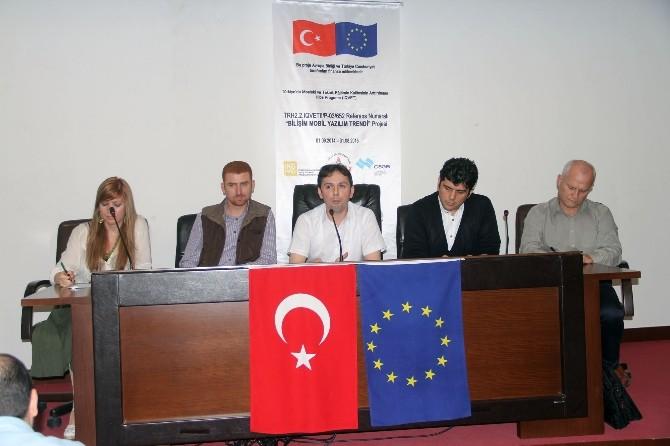 Giresun'da Bilişim Konferansı Düzenlendi