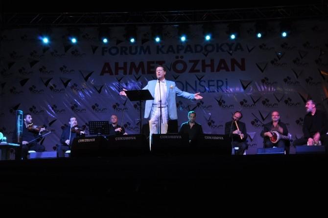 Ahmet Özhan, Nevşehir'de Sevenleriyle Buluştu