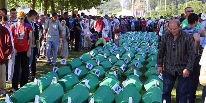 Soykırımın 136 kurbanı son yolculuğuna uğurlanıyor