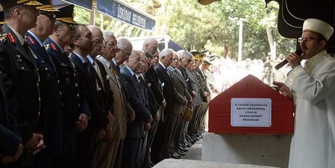 Şahinkaya'ya askeri tören